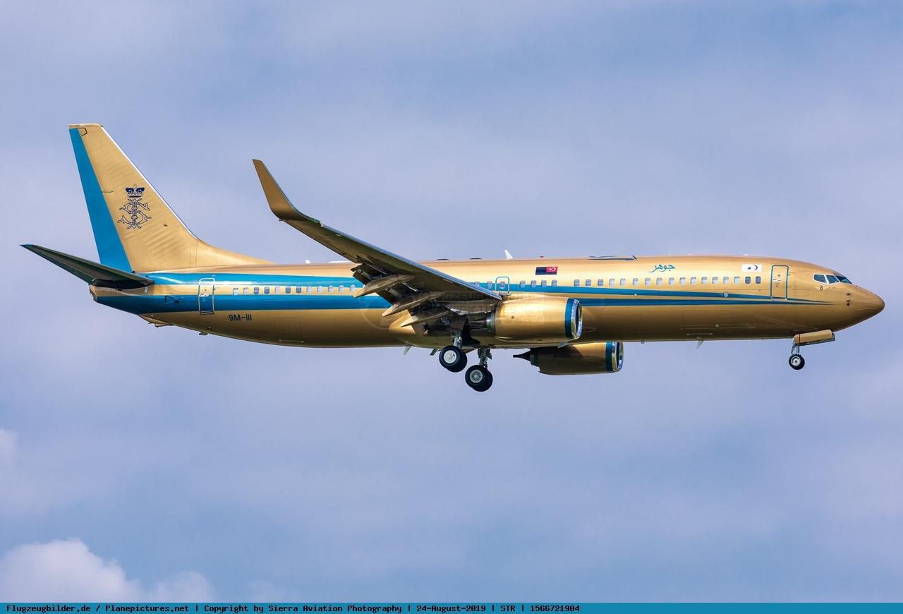 Foto Sultan of Johor Boeing 737-82Z(BBJ2) 9M-III