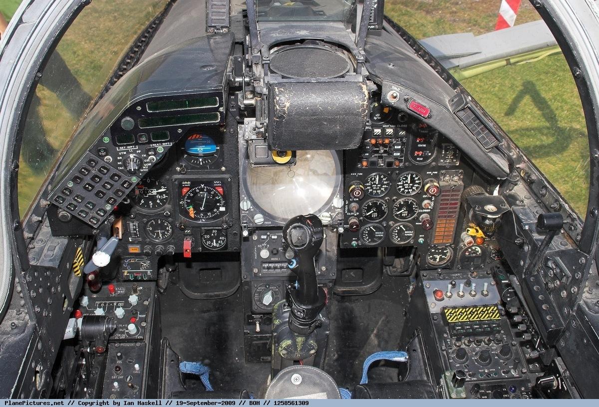 Foto United Kingdom - Air Force Sepecat Jaguar GR 1 XX761